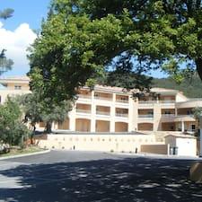 Hôtel Et Résidence ist der Gastgeber.