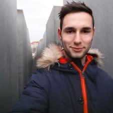 Profilo utente di Julius