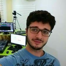 โพรไฟล์ผู้ใช้ Luca Denis