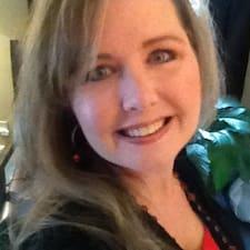 Julie-Ann Kullanıcı Profili