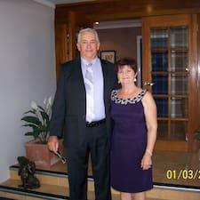 Warren & Anne est l'hôte.