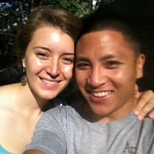 Profil Pengguna Erin & Drew