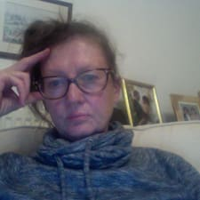 Profil Pengguna Catherine Werner