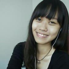 โพรไฟล์ผู้ใช้ Poh Chan