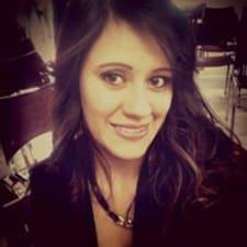 Maria Camila es el anfitrión.