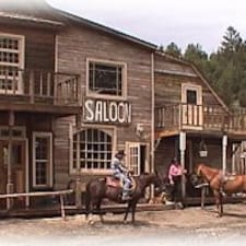 โพรไฟล์ผู้ใช้ Pinon Springs Ranch