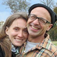 Profil korisnika Becca & Andy