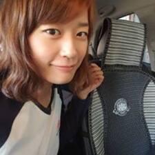 โพรไฟล์ผู้ใช้ Sanghee