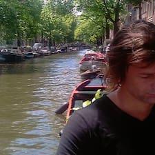 โพรไฟล์ผู้ใช้ Martijn