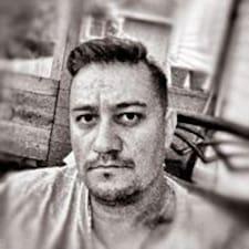 Cosmin felhasználói profilja