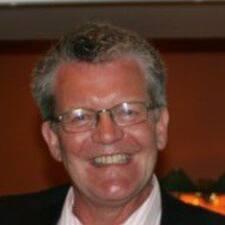 Jan Helge — хозяин.