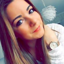 Lara Brugerprofil