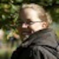 Anne-Karina User Profile