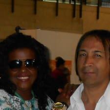 Simone & Robinson