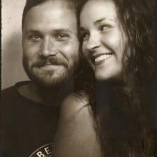 Dave & Whitney felhasználói profilja