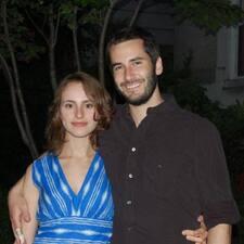 Annalily And Michael felhasználói profilja