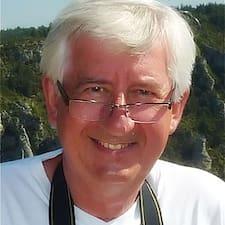 Pierre & Brigitte User Profile