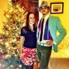 Profil korisnika Brian & Danielle