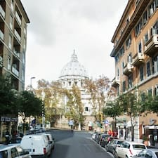Vatican View是房东。