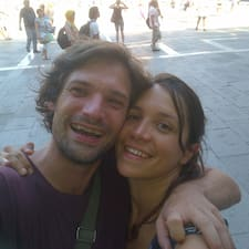 โพรไฟล์ผู้ใช้ Célia & Charly