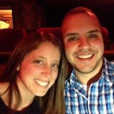 Kelly And Jon felhasználói profilja
