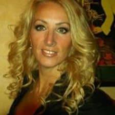 Profilo utente di Carlene