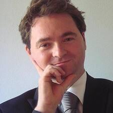 Clemens Maria felhasználói profilja