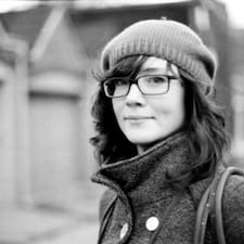 Julia Maeve Kullanıcı Profili