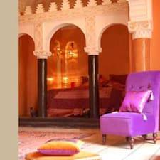 Fatinat Marrakech is the host.