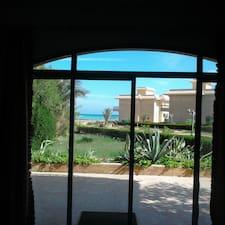 Profil utilisateur de Sea View And Lovely Private BeachVi