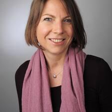 Profil Pengguna Dr. Angelika