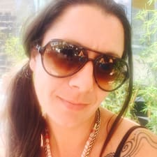 Amy Lou User Profile