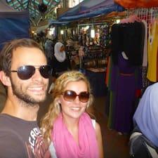 โพรไฟล์ผู้ใช้ Sarah And Sebastian
