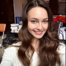 โพรไฟล์ผู้ใช้ Katharina