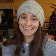 Tessa felhasználói profilja
