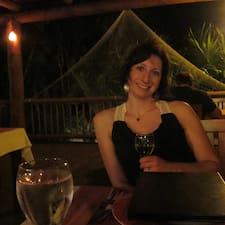 LauraBeth felhasználói profilja