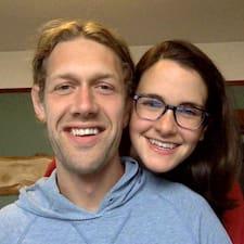 Profil Pengguna Sarah And Nate