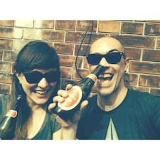 โพรไฟล์ผู้ใช้ Jenni & Nico