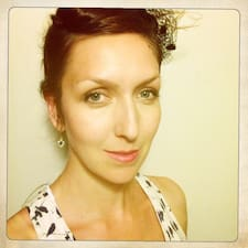 Profil korisnika Christiane