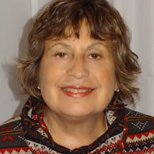 Maria Cristina is the host.