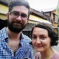 Henkilön Lydia & Daniel käyttäjäprofiili