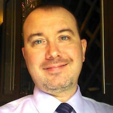 โพรไฟล์ผู้ใช้ Robert F.