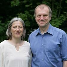 Jeannette & Hardy User Profile