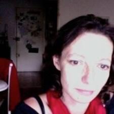 Marie-Laure felhasználói profilja