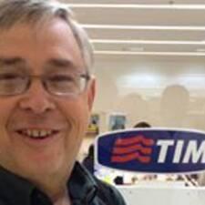 โพรไฟล์ผู้ใช้ Timothy