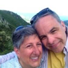 Profilo utente di Carolyn And Chris
