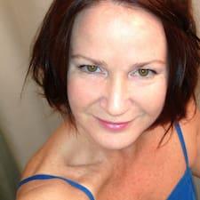 Profil korisnika Leah