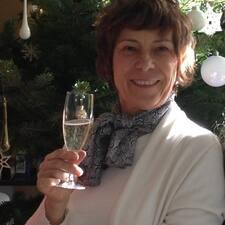 Marie Cécile — хозяин.