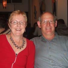 Lynette & Peter