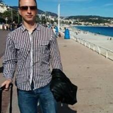 István felhasználói profilja